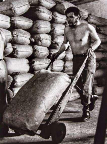 53 anni fa veniva assassinato Che Guevara moriva il ribelle, nasceva il mito (2)