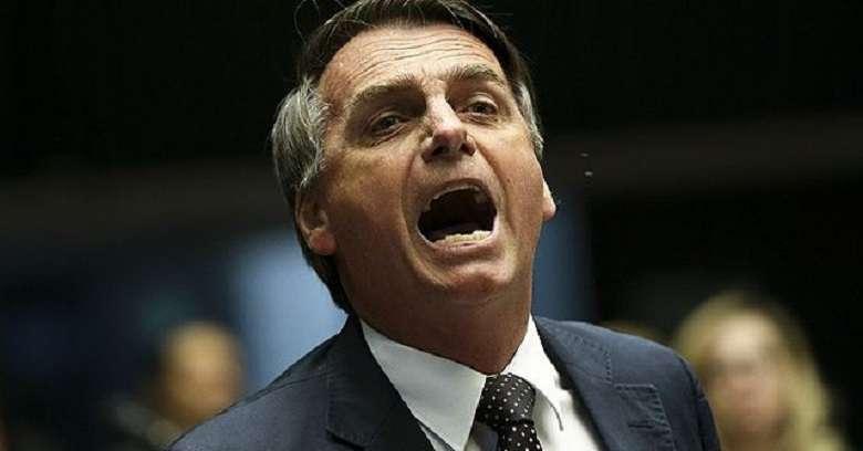 Amazzonia in fiamme, Bolsonaro nega ma siamo a un punto critico.sonaro