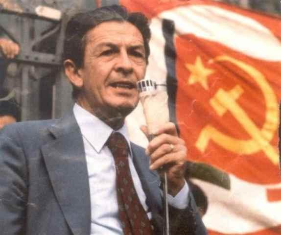 Berlinguer e i giovani alle prese con le sfide del Duemila