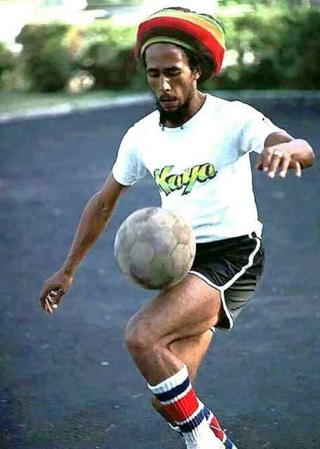 Bob Marley: 40 anni fa moriva il re del reggae 1