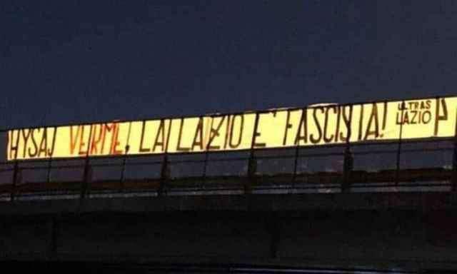 Caso Hysaj: ultrà della Lazio rivendicano fascismo. Mai più allo stadio questi personaggi