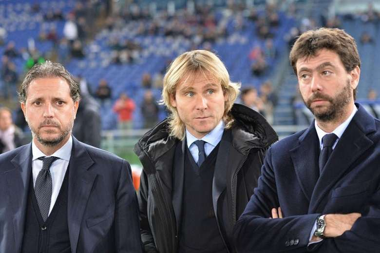 Cronache marziane 'Gli arbitri ci massacrano', lo ha detto un azionista della Juventus