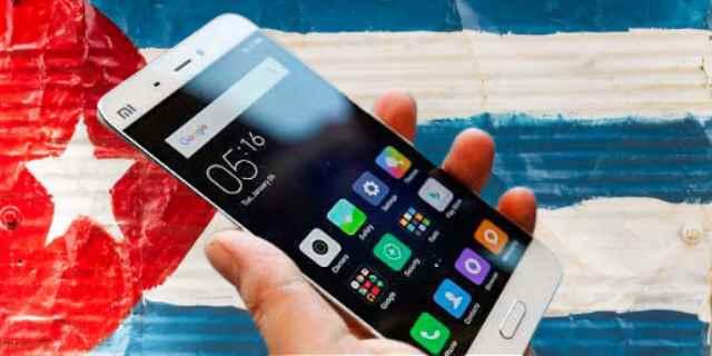 Cuba fa da se: arriva lo smartphone socialista autoprodotto