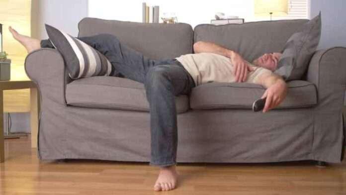 Giovani precari o disoccupati e a casa coi genitori