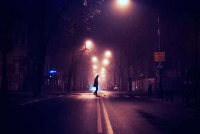 I giorni senza notte della pandemia: cosa stiamo perdendo?