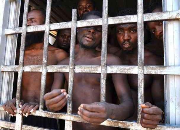 Il Decreto missioni rinnova la complicità italiana con le torture in Libia