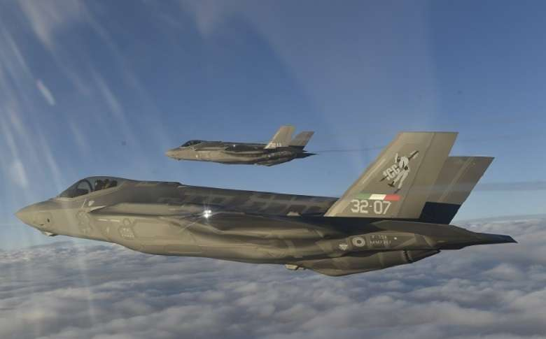 In piena pandemia il governo investe 2247 milioni di euro per gli F-35. Perchè3