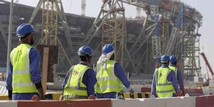 Inchiesta Qatar 2022: 6500 lavoratori morti per i mondiali di calcio