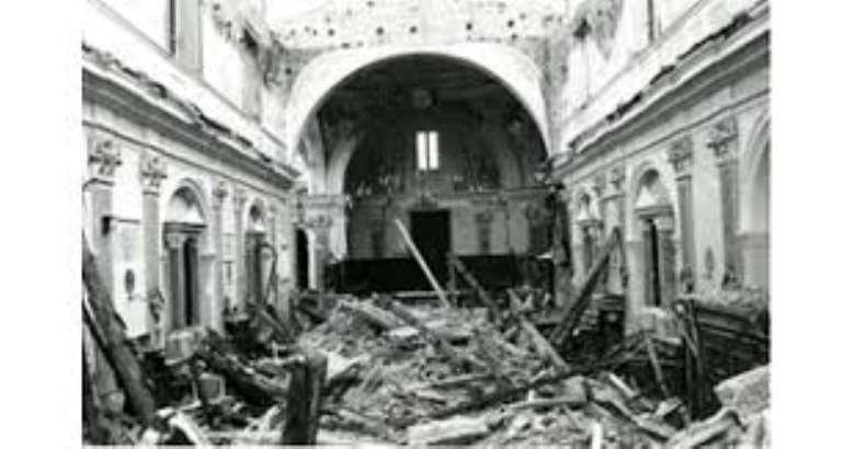 Irpinia1980, il terremoto della vergogna, quando Pertini s'infuriò3