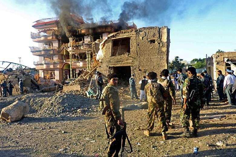 L'Afghanistan dimenticato i combattimenti infuriano nell'Helmand