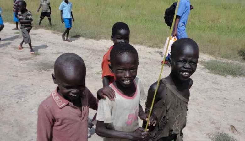 La Comunità internazionale scarica i migranti nel Burkina Faso