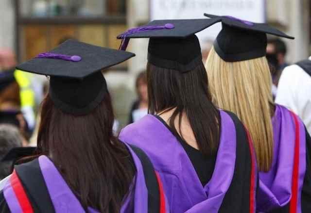 Largo alle donne nelle scienze: la Di Biase (PD) presenta proposta di legge innovativa