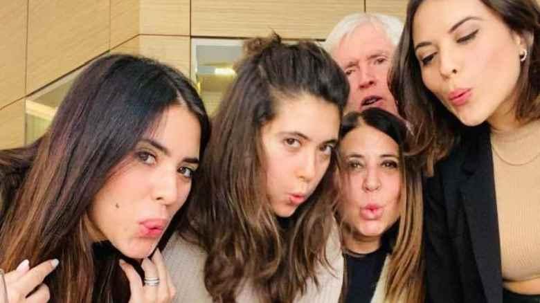 Le 3 figlie della senatrice Pacifico tutte candidate a Latina per la destra: 'Che problema c'è?'