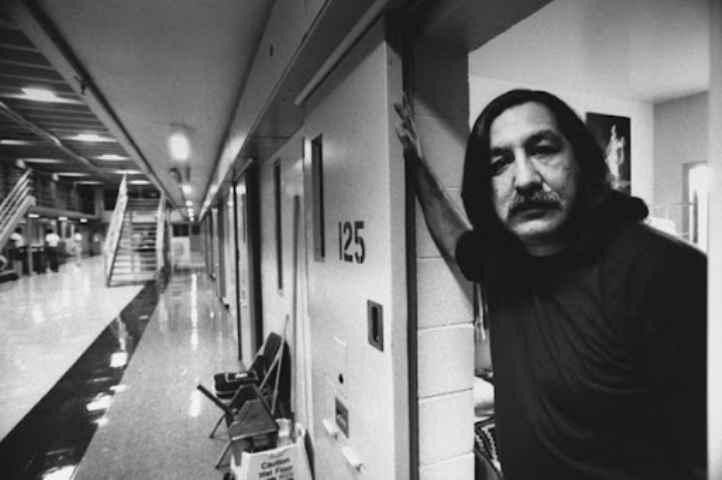 Liberate Leonard Peltier, da 32 anni in carcere dopo processo farsa