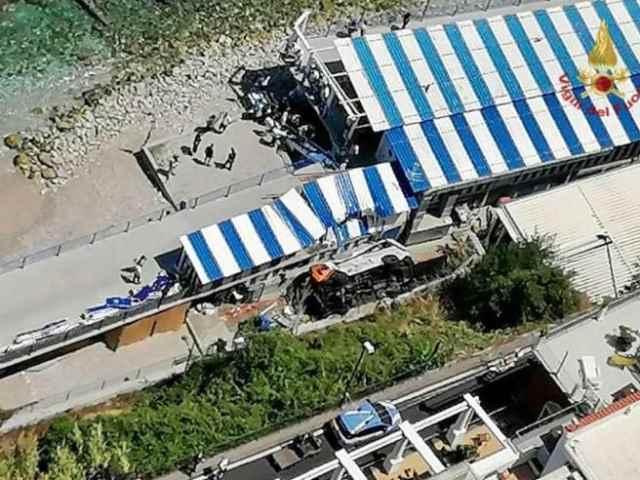 L'incidente mortale di Capri: l'ignobile sciacallaggio dei NoVax diventa virale