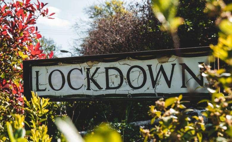 Lockdown. Photo di Matt Seymour