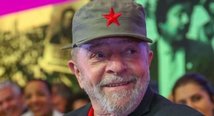 Lula sarcastico: 'A Cuba nessun manifestante soffocato col ginocchio sul collo'
