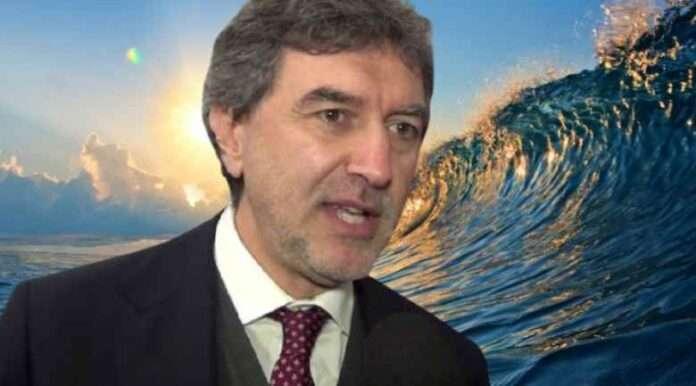 Marco Marsilio: tutti i mari del presidente (d'Abruzzo)