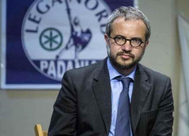 Medioevo leghista: Claudio Borghi accosta omosessuali a seiropositivi