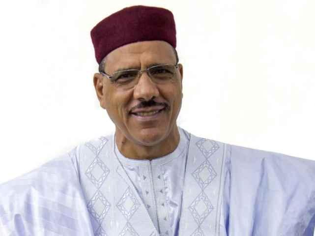 Niger, Mohamed Bazoum presidente dopo il fallito golpe