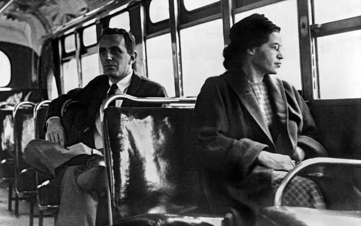 Rosa Parks, la segregazione razziale e la ricerca del nemico