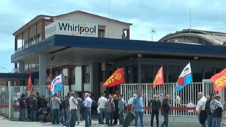 Whirlpool a Napoli la politica è la grande assente