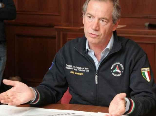 Sonetti capitolini: a Guido Bertolaso (forse) candidato sindaco