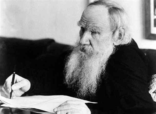 Lev Nikolàevic Tolstoj, Ivan lo scemo