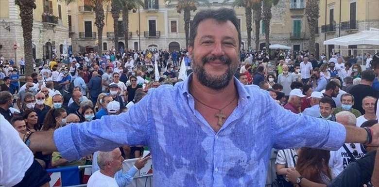 Salvini come la tiktoker: non mando mia figlia a scuola se è obbligatoria la mascherina